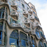 A view of the exterior of the Casa Battlí, designed by Antoni Gaudí.