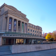 The Brooklyn Museum in the Fall.